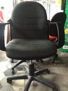 Mua bàn ghế cũ ở đâu