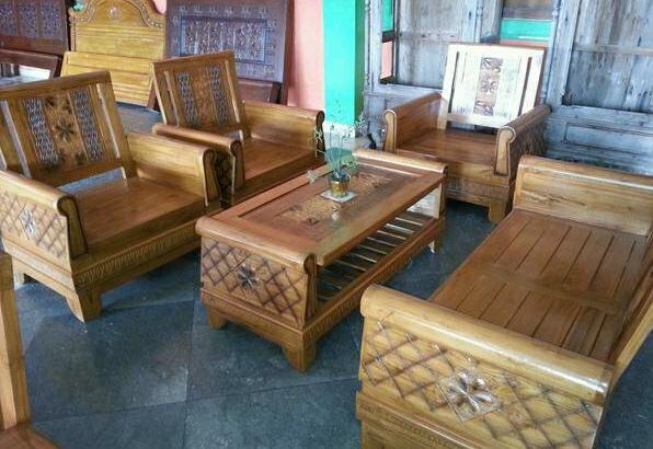 Bộ bàn ghế gỗ phòng khách độc đáo