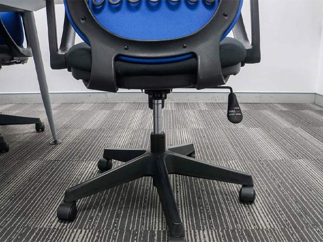 Cách sửa ghế xoay bị tụt